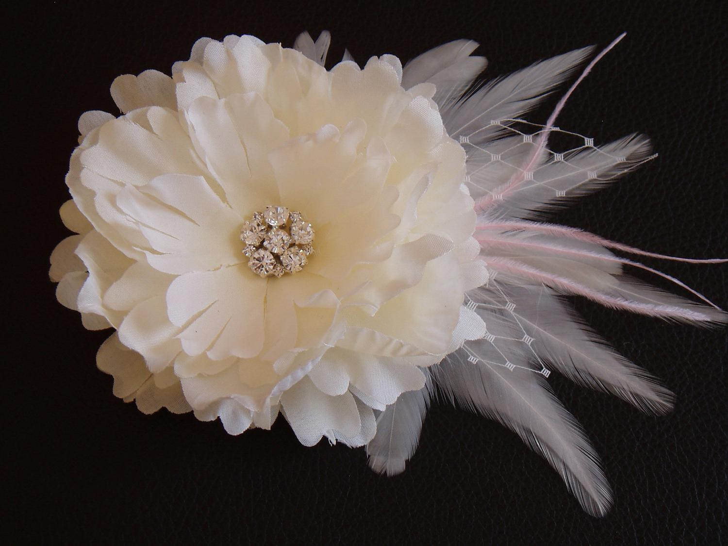 TIFFANY Light Ivory Wedding Hair Flower Clip with Pink Feathers and