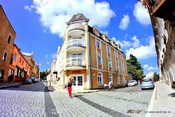 V Kynšperku se nachází několik ubytovacích i stravovacích možností.