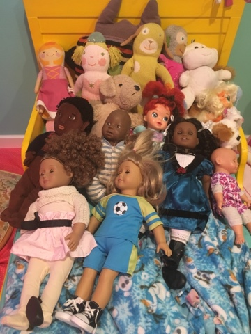 Two white girls get black dolls for Christmas and what happens next ...
