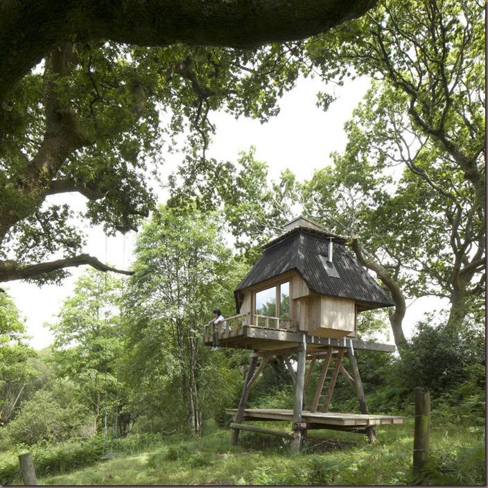 woodenhut1-900x900