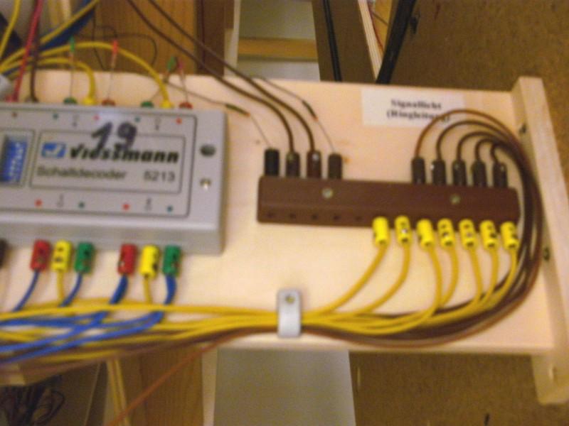 JKRS-Modellbahntreff :: Thema anzeigen - Moba:Verkabeln, Kabelfarben ...