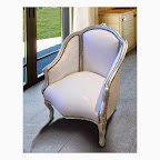 Bergère de style Louis XV tissu simili cuir blanc et bois argent