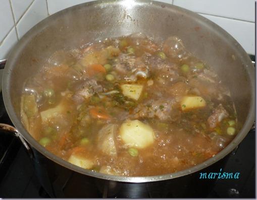 patatas guisadas con costilla de cerdo y alcachofas7 copia