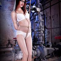 LiGui 2013.12.27 紧缚魅影 Model 可馨 [30P] 000_2002.jpg