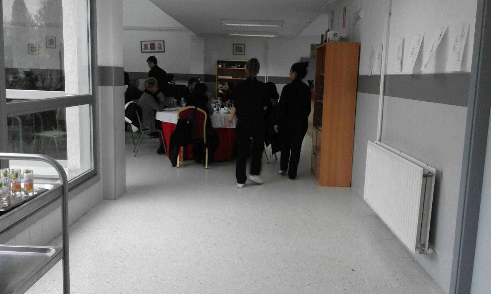 Mestre mart n primer servicio de mis alumnos de fp basico - Fp de cocina ...