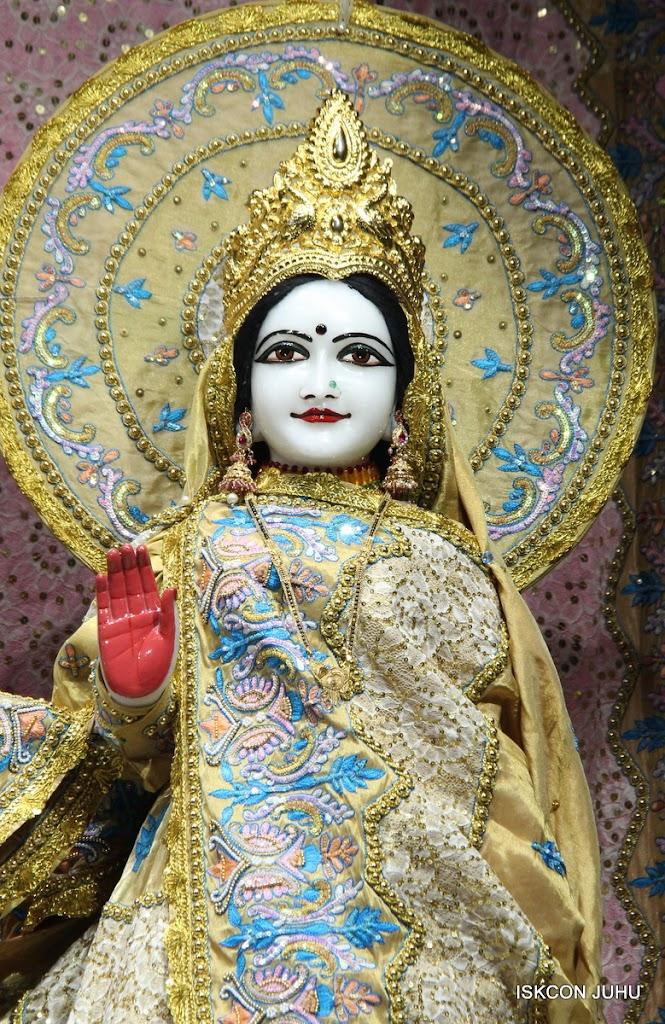 ISKCON Juhu Mangal deity Darshan 09 Feb 16 (9)