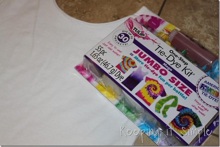 #ad DIY-Ombre-Tie-Dye-Shirt-Refashion (9)