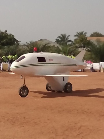 Boy build plane in Enugu.