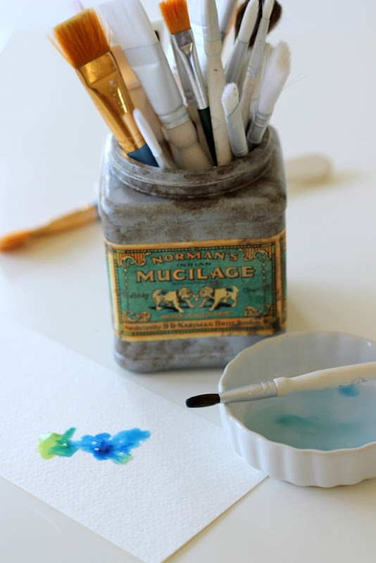 Faux Vintage Tin from Plastic Tub via homework (6)