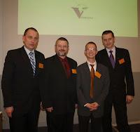 Grupa VetBiznes: M. Wojtacki, A. Lisowski. C. Kolthoff (wykładowca), R. Karczmarczyk