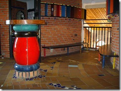 800px-Hundertwasser-Kindergarten_(3)