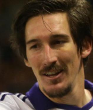 Screen+Shot+2013 11 07+at+20.12.26 Zlatan Ibrahimovic told Anderlechts Sacha Kljestan he has an ugly moustache!