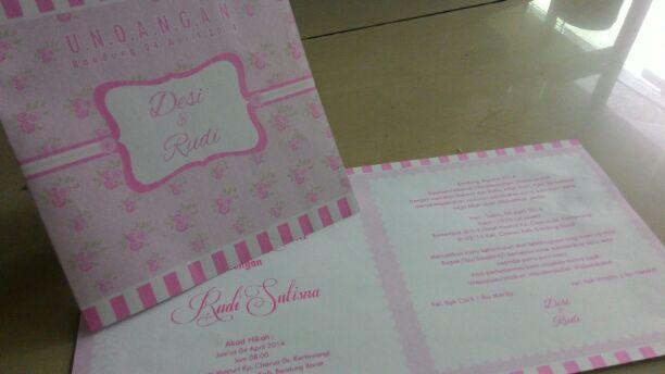 undangan pink putih