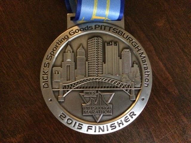 2015 Pittsburgh marathon Medal front