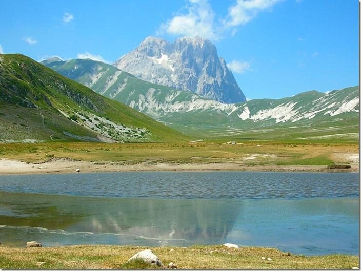 Abruzzo-Gran_sasso_italia