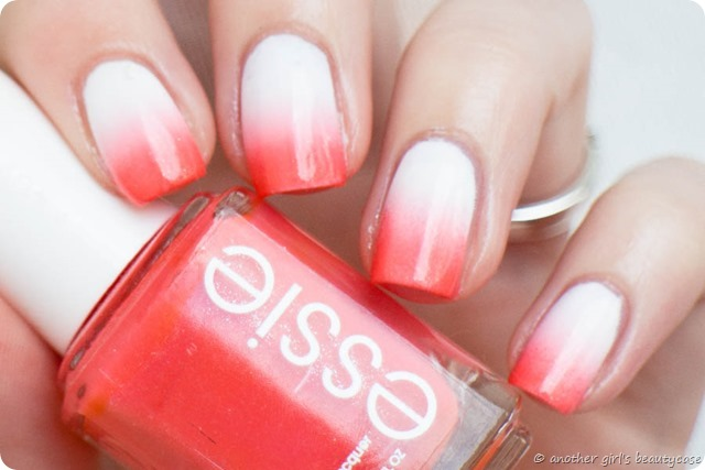 Claire8stellesept essie sunday funday gradient coral tropical nailart