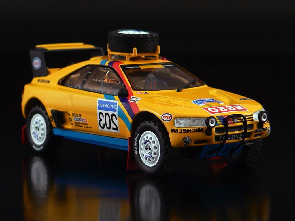 IXO RAC041 Peugeot 405 T16