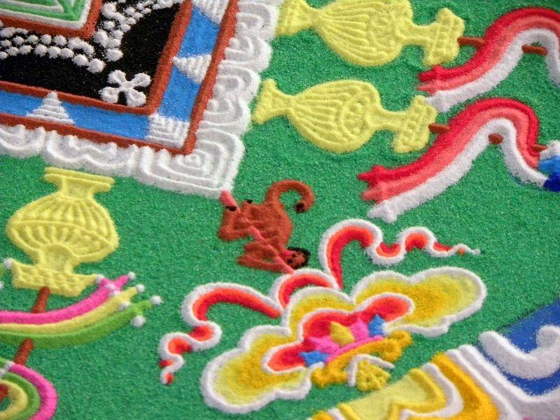 tibetan-sand-mandala-12