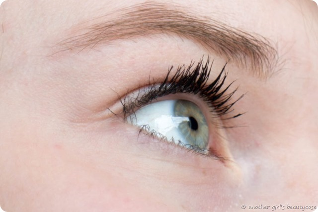 Review Manhattan Surpreme Lash Fresh Volume Mascara Gurke Duft_-2