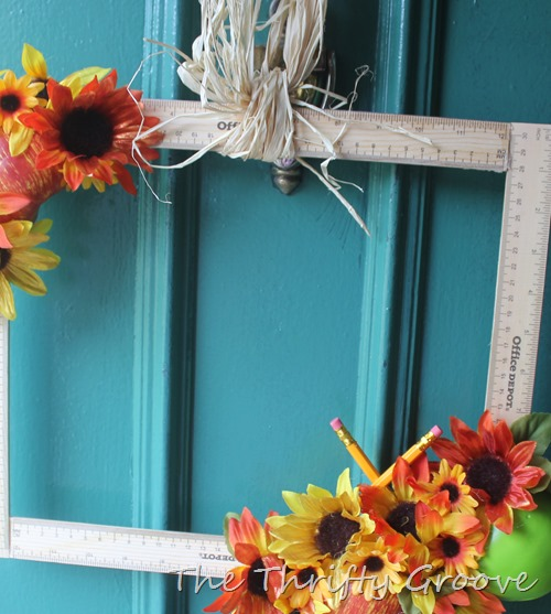 How to make a fun easy and thrifty september themed wreath
