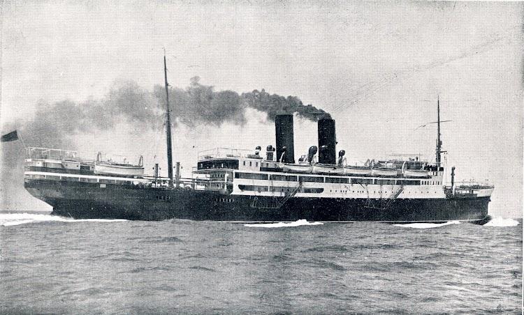 El MAGALLANES en pruebas de mar. Libro Obras. S.E. de C.N. 1928.JPG