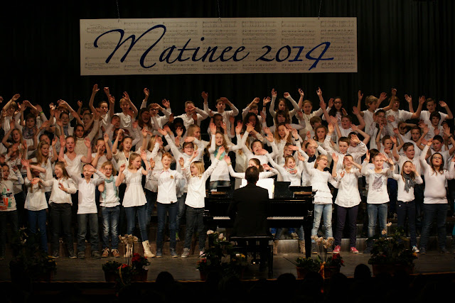 resized_Matinee 2014Fr   032.jpg