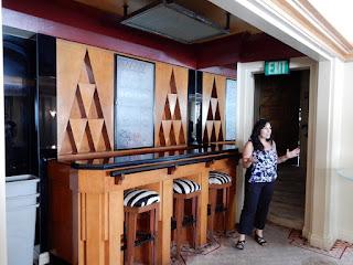 Very Art Deco bar