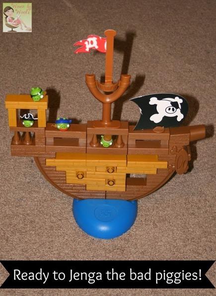 Angry Birds Jenga Game[6]