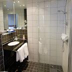 Arnarhvoll-bathroom.jpg