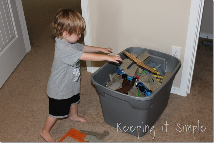 #ad Chores-That-Toddlers-Can-Do #BacktoClean (12)