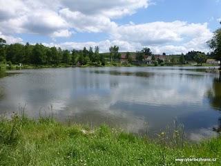 Pohled na Pilský rybník Bohnaneč