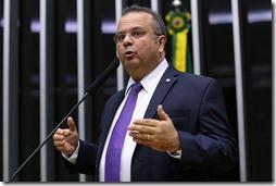 Rogério discursa na Câmara
