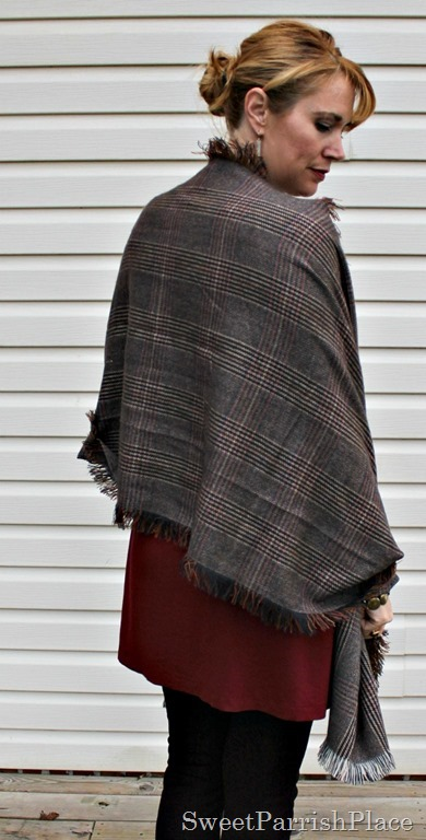 red-tunic-brown-leggings-stripes-plaid-booties-6