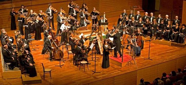 """La sezione giovanile dell'Orchestra """"Academia Montis Regalis"""" di Mondovì"""