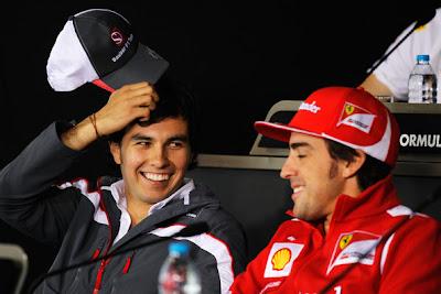 Серхио Перес и Фернандо Алонсо на пресс-конференции в четверг на Гран-при Китая 2012