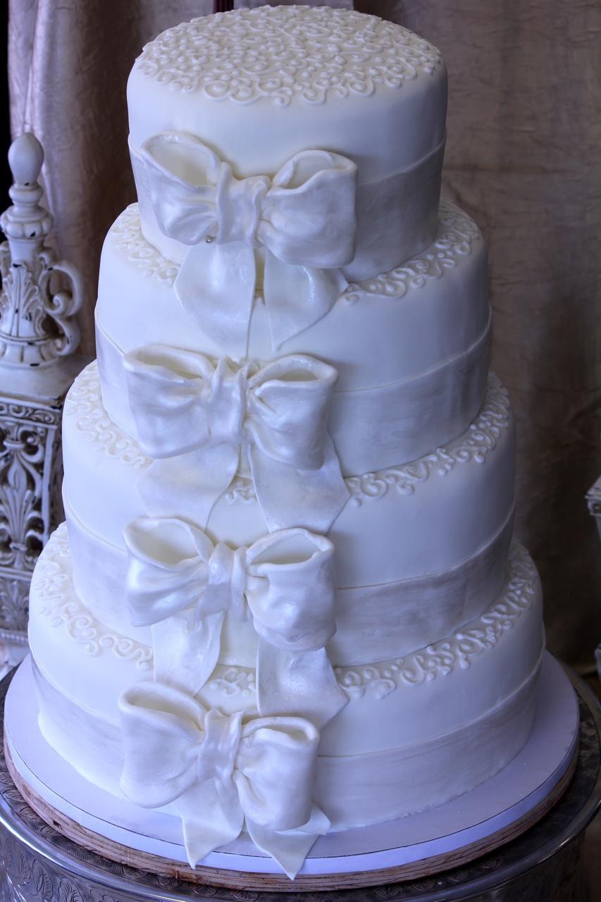 Janeika S Blog Four Tier Wedding Cake