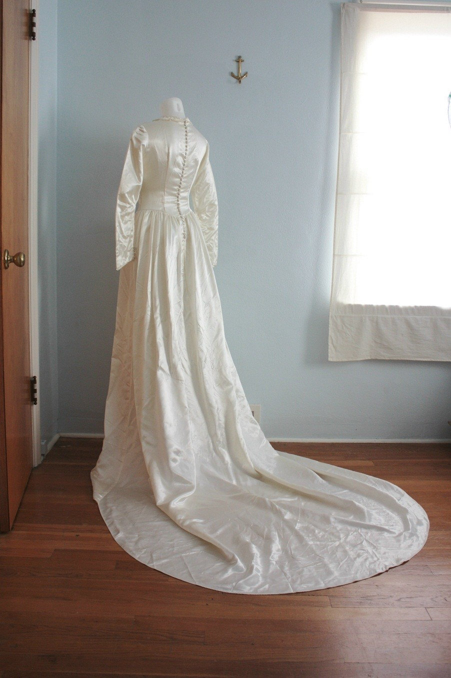 vintage 40s wedding dress