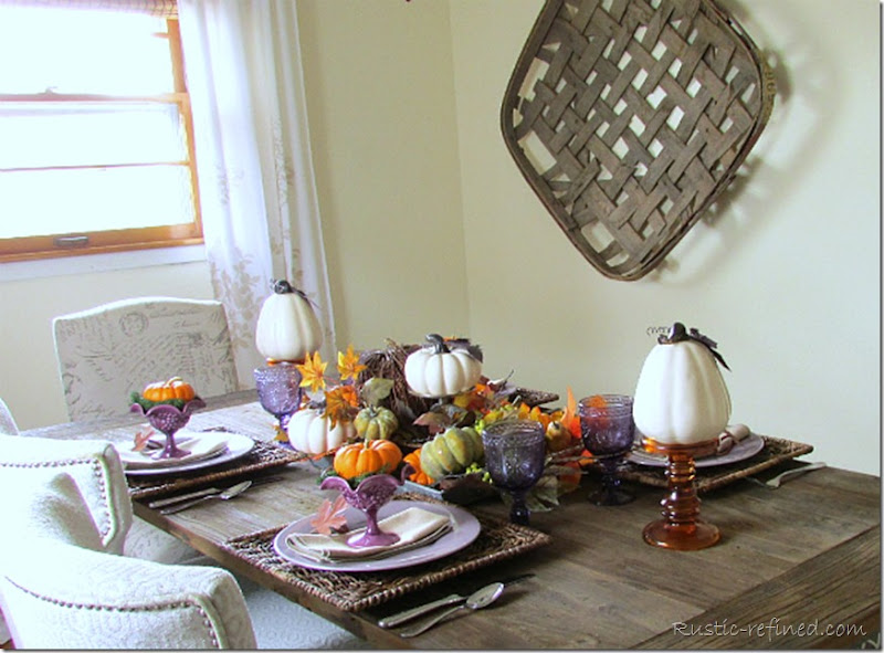 Rustic Autumn Centerpiece and Table