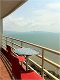 three bedrooms facing to the ocean for sale     to rent in Jomtien Pattaya