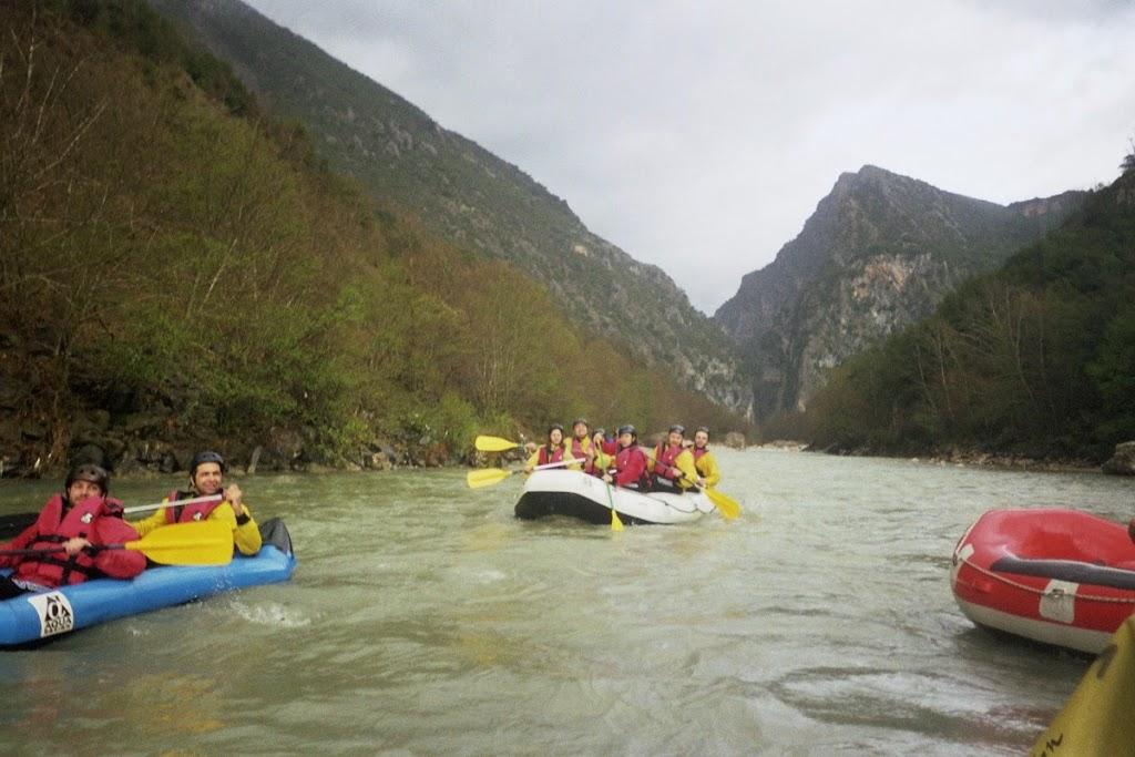 Φοιτητές του ΤΕΙ Θεσσαλίας σε Rafting στον  Άραχθο