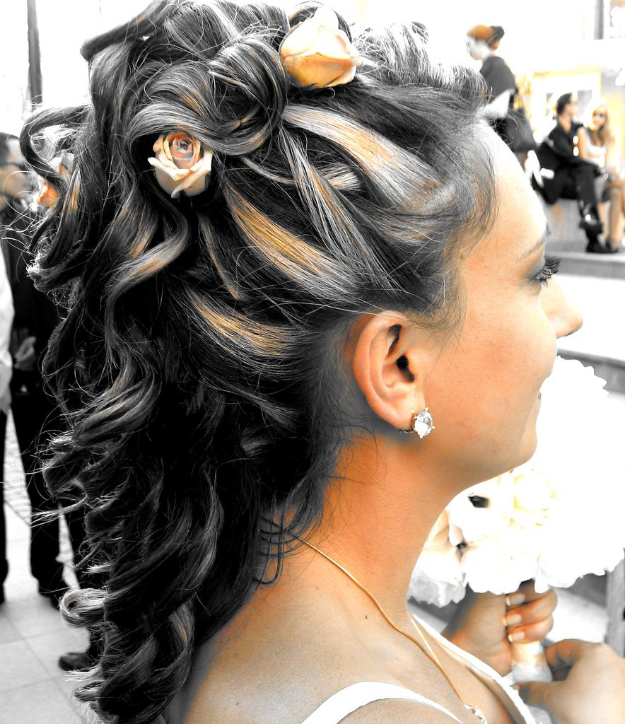 half up hairdos wedding