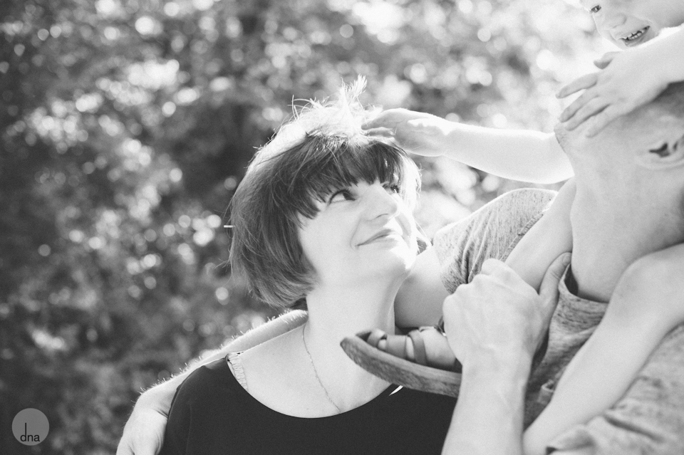 Katja and Mike and Levi family shoot Treptower Park Berlin shot by dna photographers 0022.jpg