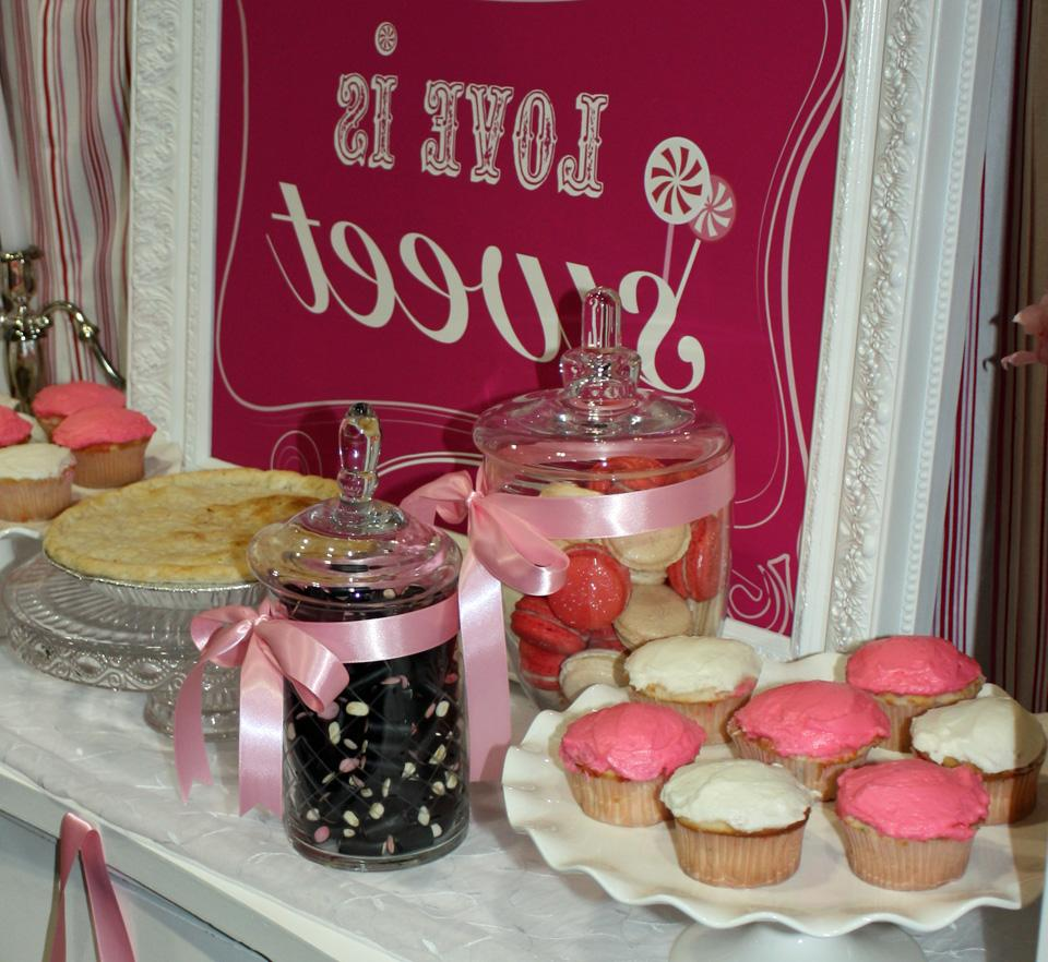 sweet table - love is sweet!