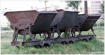 В таких вагонетках возили соль. Поморие.