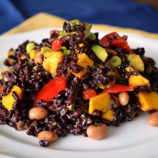 Rice, Mango, and Black Eyed Peas Salad