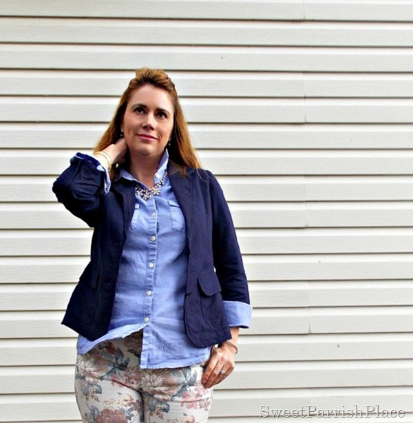 Floral jeans, blue button down, navy blazer, navy booties3