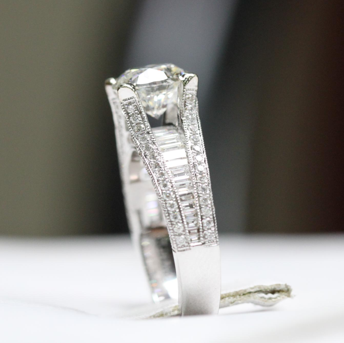 side view of custom made ring