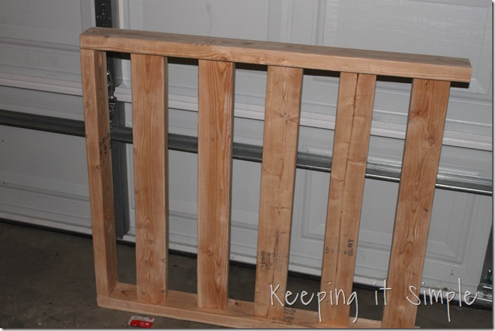 DIY-Day-bed-Made-From-a-door-and-2x4s (5)