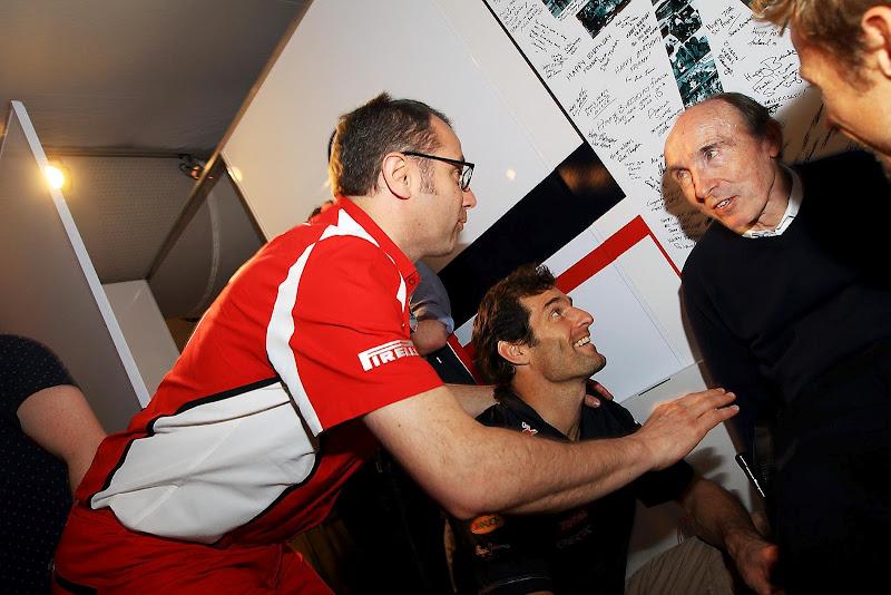 Фрэнк Уильямс Марк Уэббер Стефано Доменикали на праздновании 70-летия на Гран-при Испании 2012