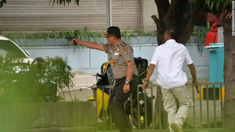 indonesia-jakarta-blasts-0114-police-exlarge-1692.jpg
